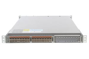 Cisco Nexus N5K-C5548UP 32x SFP+ Ports w/ N55-M16UP Module & Licenses